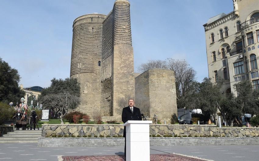 Президент Ильхам Алиев принял участие в общенародном веселье по случаю Новруз байрамы