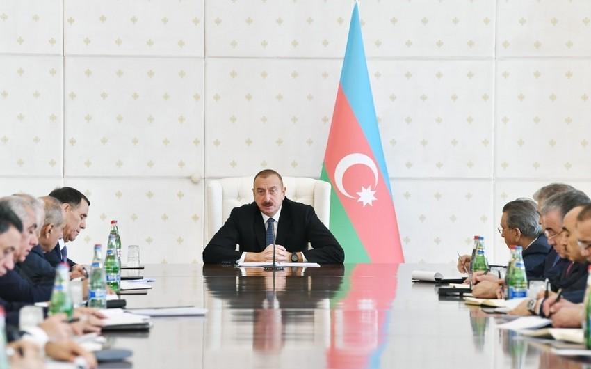 Dövlət başçısı: Enerji təsərrüfatının texniki vəziyyəti ilə bağlı çox ciddi addımlar atılıb