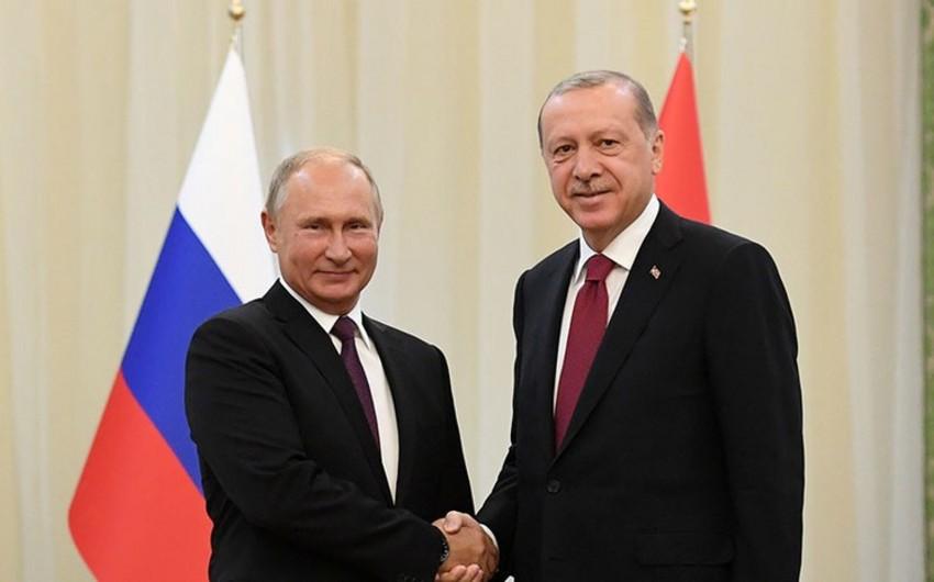 Vladimir Putin Rəcəb Tayyib Ərdoğanı Rusiya Enerji Həftəsinə dəvət edib