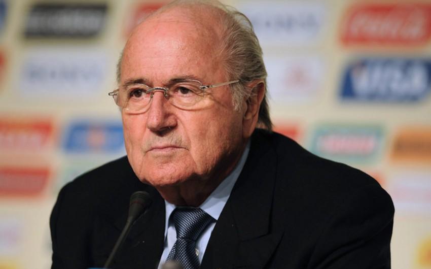 Blatter FİFA-nın prezidenti postundan gedir