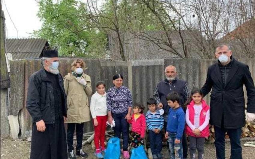 Gürcüstanın Azərbaycandakı səfirliyi humanitar aksiya keçirib