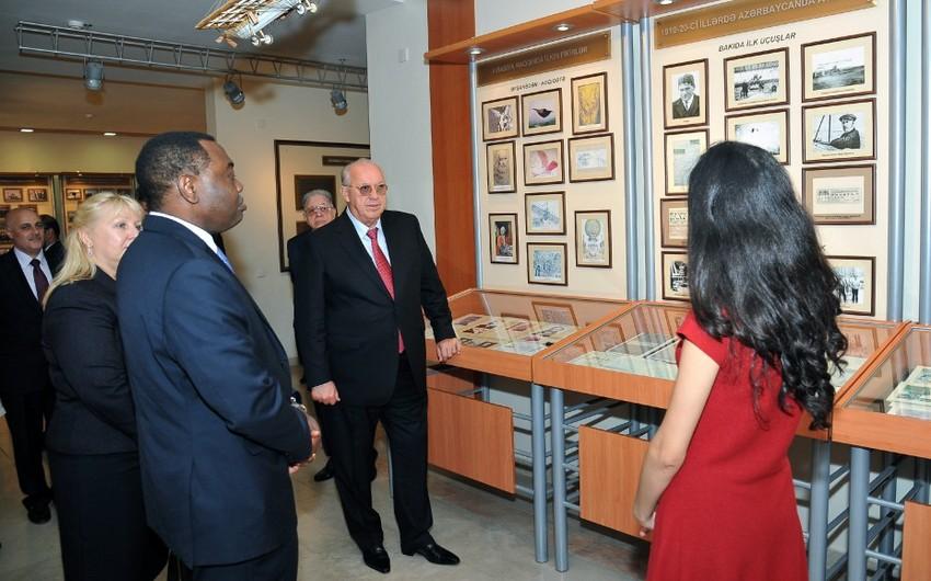 ICAO-nun prezidenti Heydər Əliyev Mərkəzi və Milli Aviasiya Akademiyası ilə tanış olub