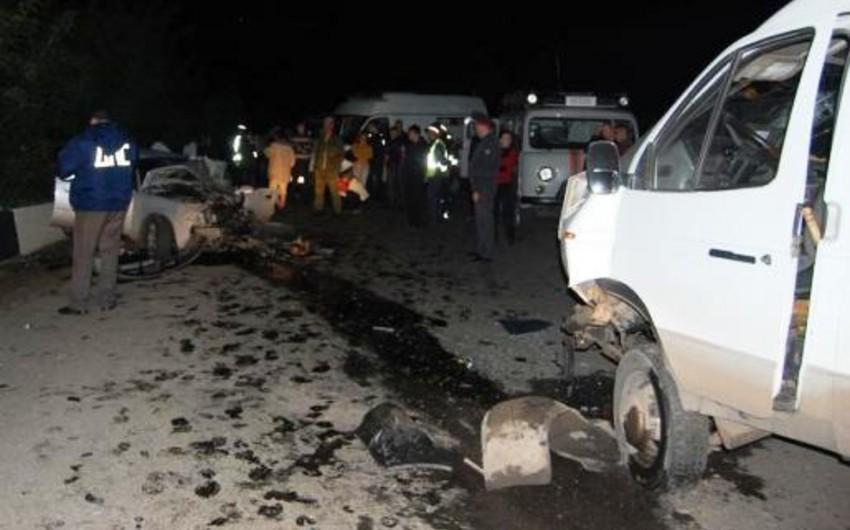 Salyanda baş vermiş yol qəzası nəticəsində 3 nəfər yaralanıb
