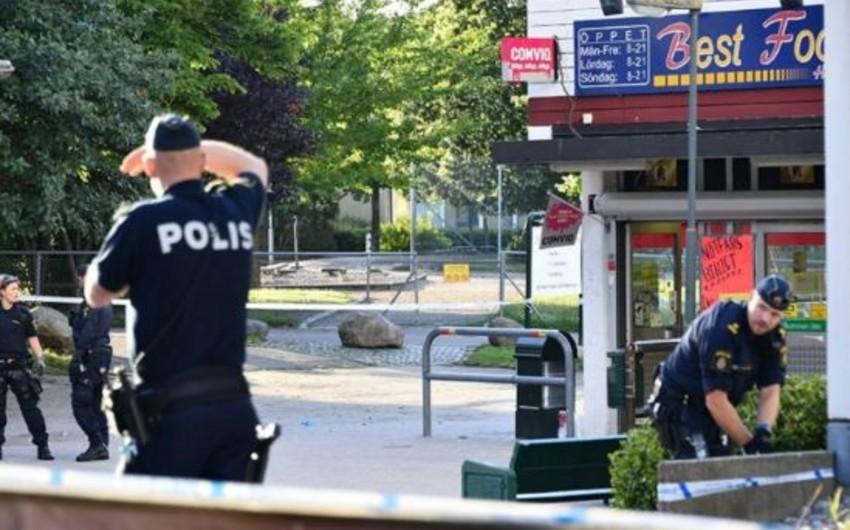 Швеции группа преступников расстреляла трех полицейских