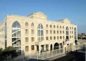 В Баку еще одна школа перешла на дистанционное обучение