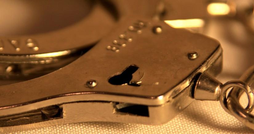 Полиция задержала мужчину, захватившего заложников во французском банке