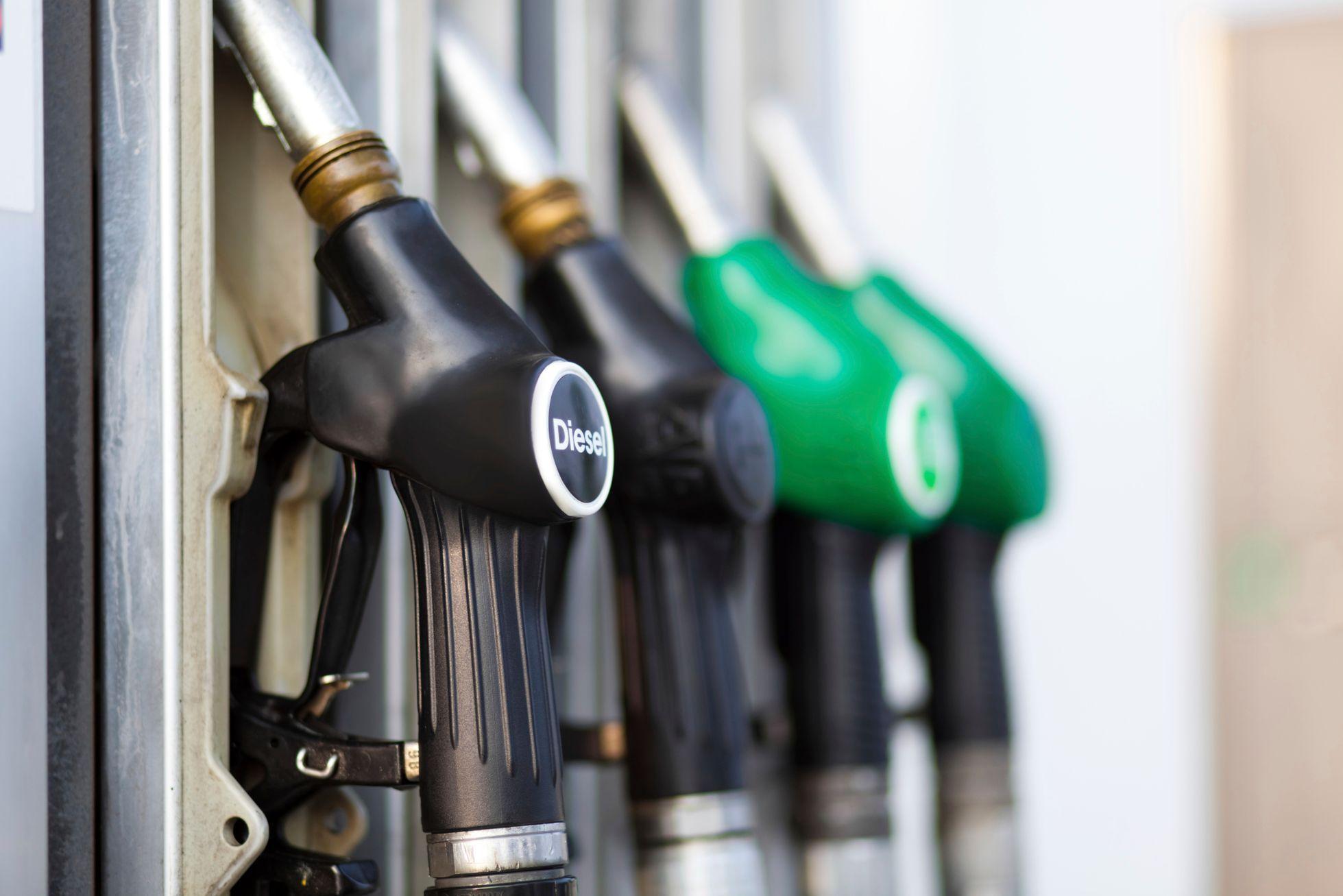 Rusiyada benzin alışı kəskin azalıb