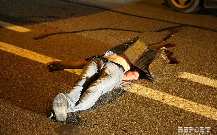В Баку на аэропортовском шоссе пешехода насмерть сбил Ауди - ФОТО - ВИДЕО