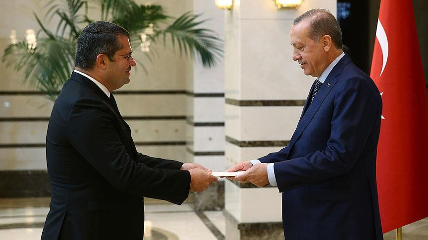Хазар Ибрагим вручил верительные грамоты Реджепу Тайипу Эрдогану