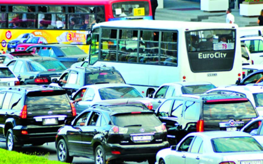 Возможны изменения в дислокации автобусных маршрутов в Баку