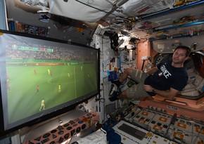 AVRO-2020-nin oyununu kosmik mərkəzdən izlədi