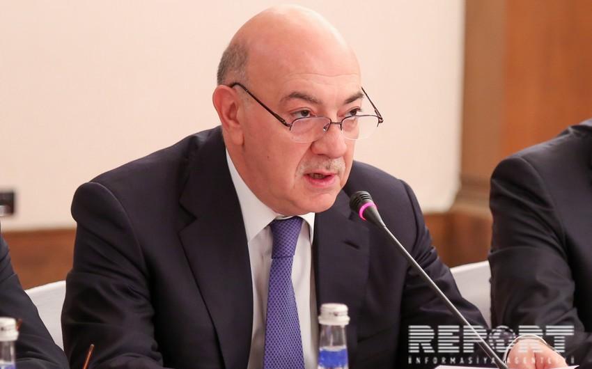 Президент Ильхам Алиев наградил Фуада Алескерова орденом Шохрат