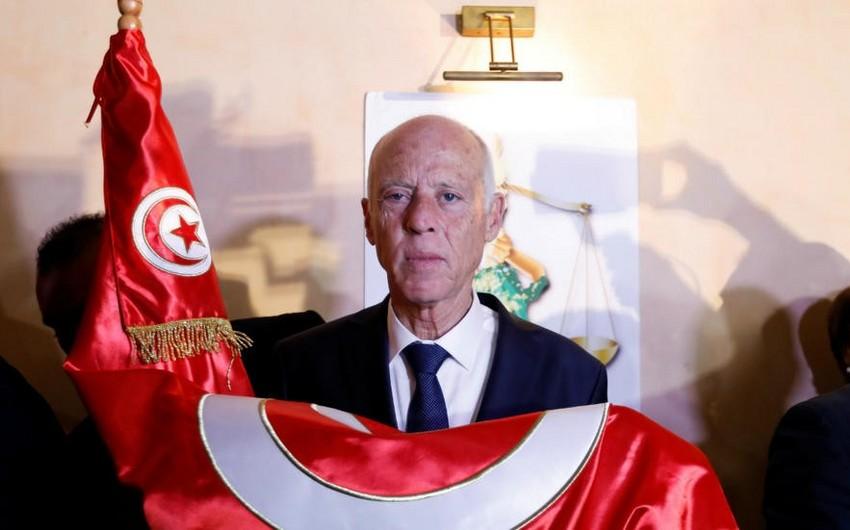 Tunisdə müstəqil namizəd prezident seçilib