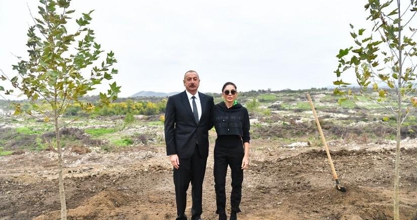 Президент Ильхам Алиев и первая леди Мехрибан Алиева посетили Физули
