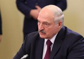 Lukaşenko Belarusun daxili işlərinə qarışan ölkələrin adlarını açıqlayıb