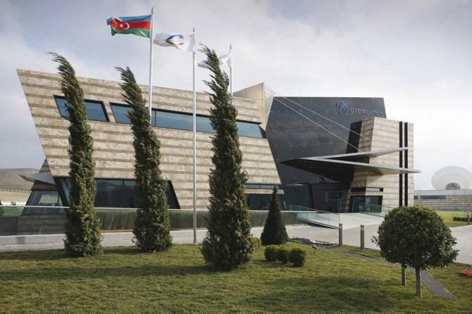 Azerkosmos больше не находится в подчинении Министерства Связи и Высоких Технологий