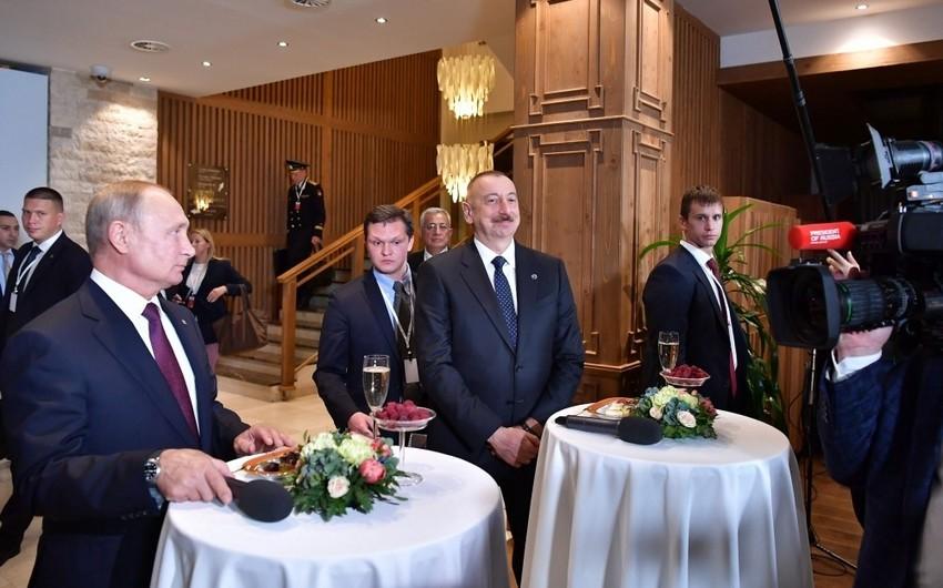 Состоялась неформальная встреча глав государств с участниками XVI ежегодного заседания Международного дискуссионного клуба Валдай
