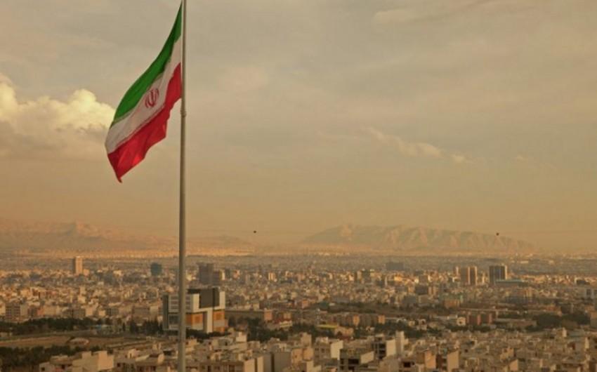 İranda 17 əyalətə səyahət qadağası qoyuldu