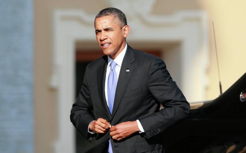 ABŞ prezidenti Böyük Britaniyaya səfər edib