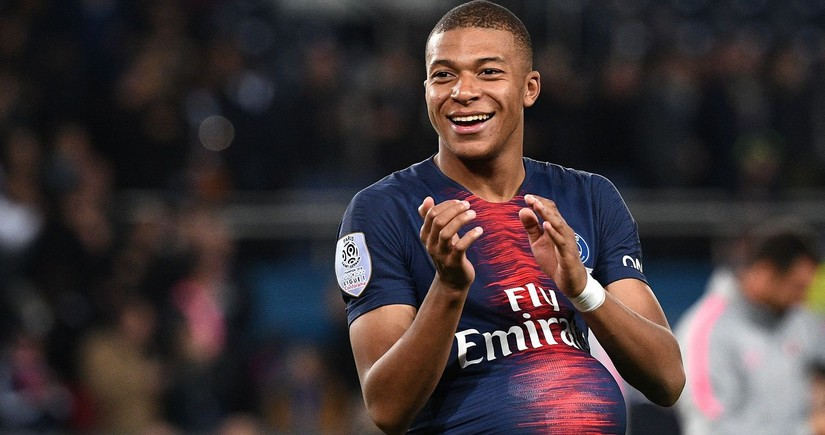 Mbappe overshadows Ronaldo, Messi by creating unique Champions League record