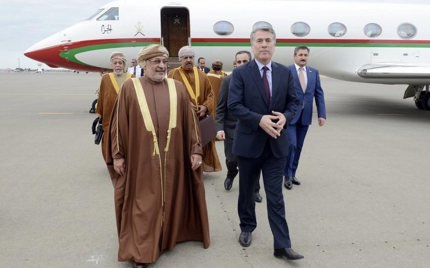Omanın Dövlət Şurasının sədri Azərbaycana gəlib
