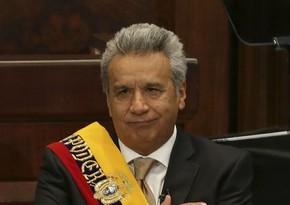 Ekvador prezidentinin olduğu təyyarə təcili eniş edib