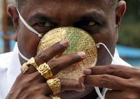 Hindistanda almaz bəzəkli tibbi maskalar satışa çıxarıldı