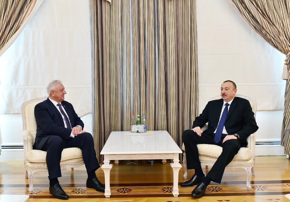 Президент Азербайджана принял председателя Национального собрания Беларуси