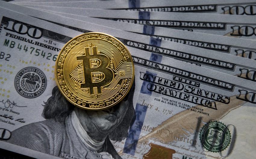 Bitkoin ötən ayın rekordundan sonra kəskin ucuzlaşıb