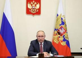 Rusiya prezidenti İlham Əliyev və Paşinyanla görüş öncəsi müşavirə keçirib