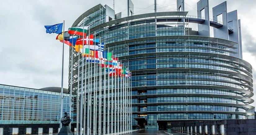 Avropa Parlamenti gözlənilən miqrant böhranı ilə bağlı xəbərdarlıq edib