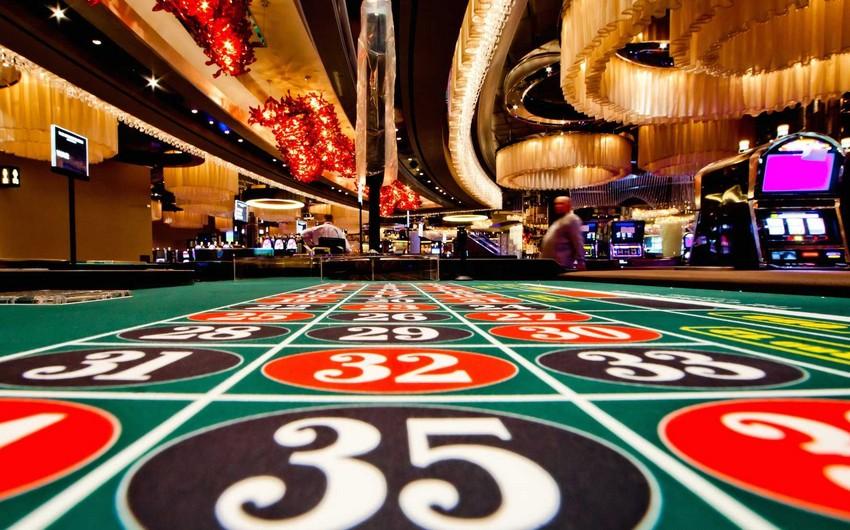 Rusiyada qeyri-leqal kazinolara pul köçürmələri qadağan olunur