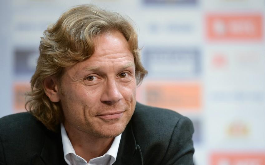 Карпин покинул пост главного тренера футбольного клуба Ростов