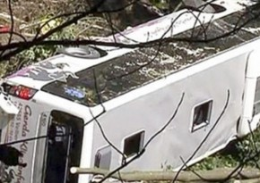 Tourist bus overturns in eastern Germany