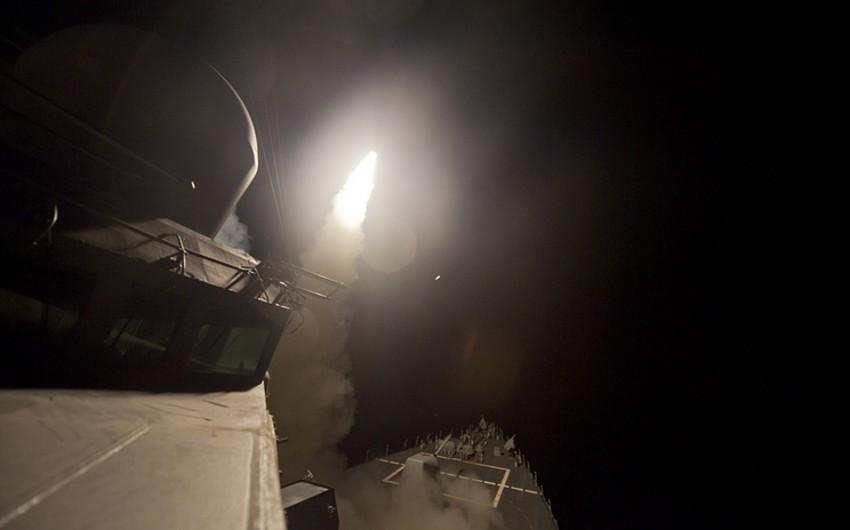 ABŞ Suriyanın aviabazasına raket zərbələri endirib, itkilər var - VİDEO