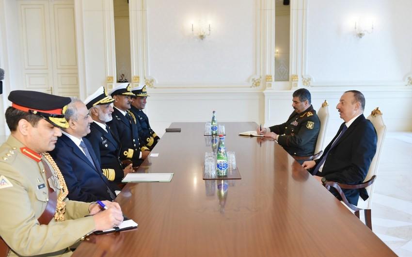 Prezident İlham Əliyev Pakistanın Hərbi Dəniz Qüvvələrinin komandanını qəbul edib