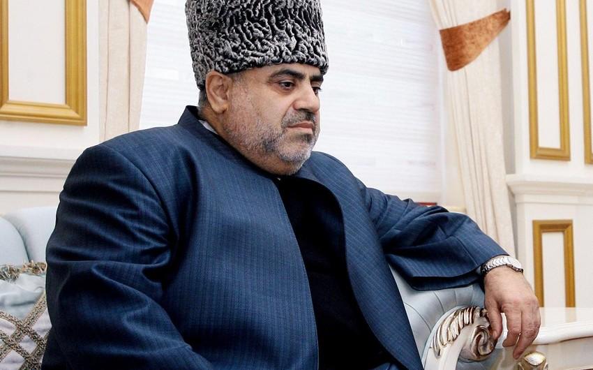 Аллахшукюр Пашазаде отбыл в ОАЭ
