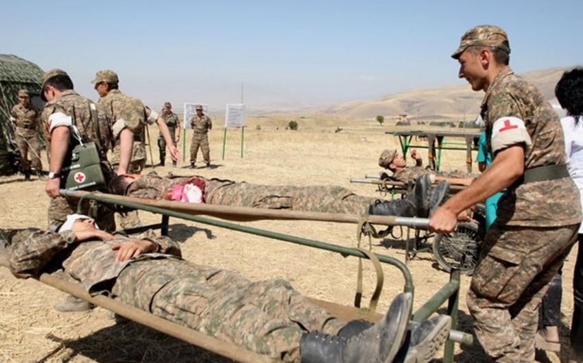 Ermənistan ordusunun 2 hərbi qulluqçusu döyüş postunda yaralanıb