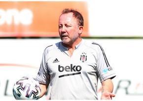 Beşiktaş Sərgən Yalçını istefaya göndərir