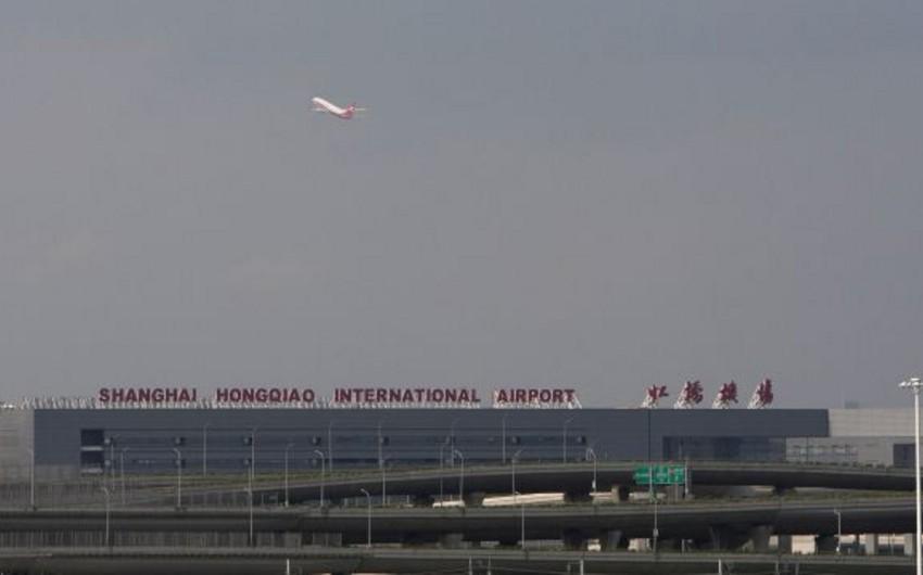 Şanxay aeroportunda yanğın olub, 2 nəfər ölüb