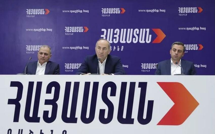 Ermənistan bloku: Ölkədə siyasi repressiyalar başlayıb