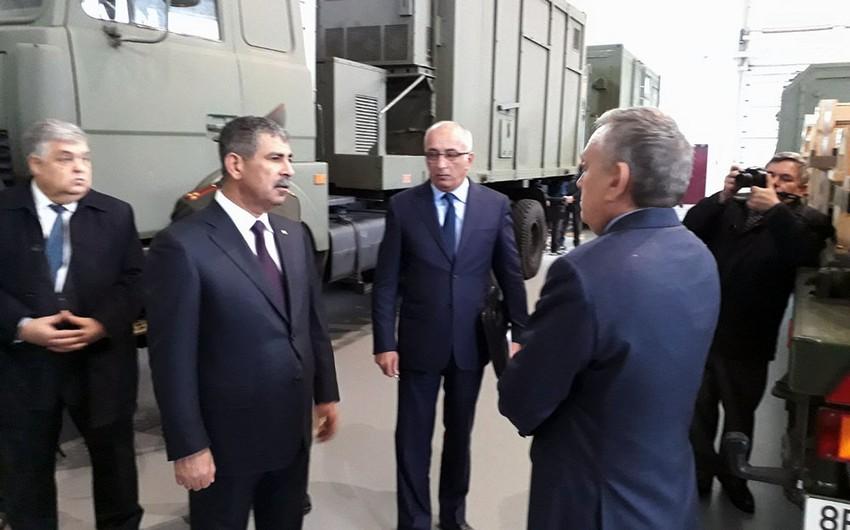 Министр обороны Азербайджана ознакомился с продукцией военного назначения белорусского производства