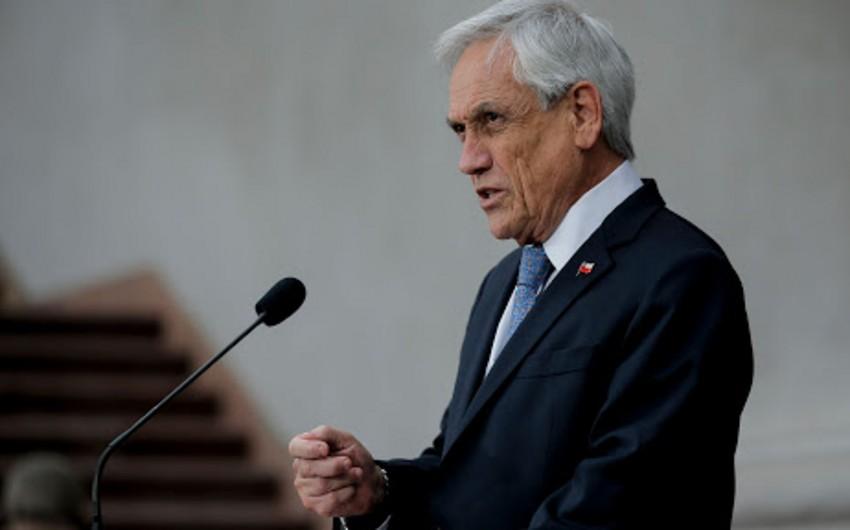 Президент Чили ушел на карантин