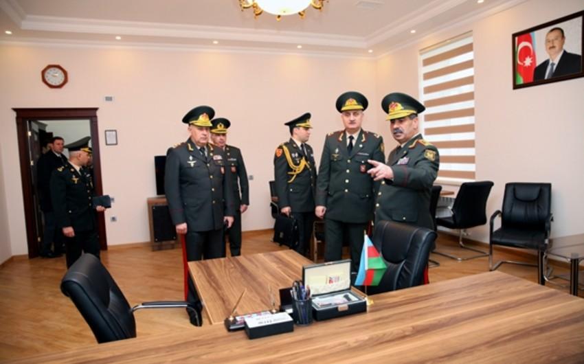 Zakir Həsənov: Düşmənin 20-dək canlı qüvvəsi məhv edilib, xeyli sayda yaralısı var, hərbi texnikası sıradan çıxarılıb