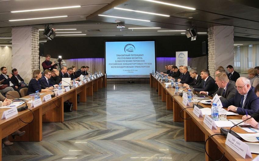 Azərbaycan dəmiryolçuları Belarusun nəqliyyat potensialı ilə maraqlanıblar