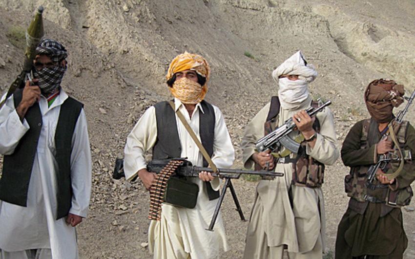 Talibanın vilayət komandirlərindən biri və cangüdənləri ölüb