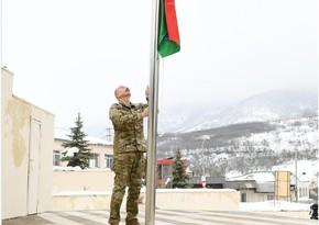 Prezident Hadrutda Azərbaycan bayrağını qaldırıb
