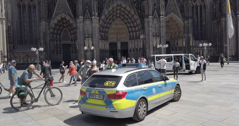 В немецком городе, где компактно проживают азербайджанцы, объявлен комендантский час