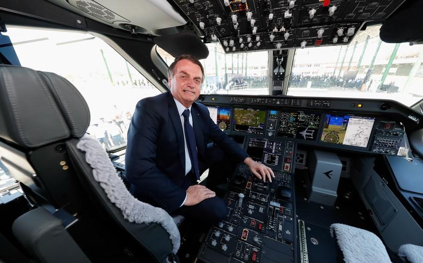 Braziliya prezidenti nazirləri paraşütlə tullanmağa məcbur edəcək