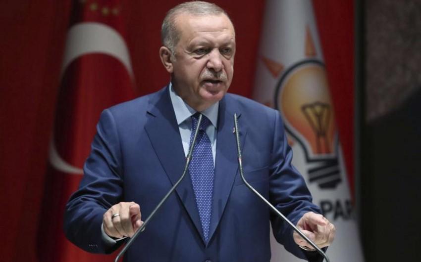 Эрдоган: США направили террористам Сирии 50 тысяч фур оружия